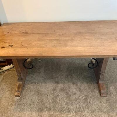 LOT 30 Antique Library Table Scripps College Ontario CA.