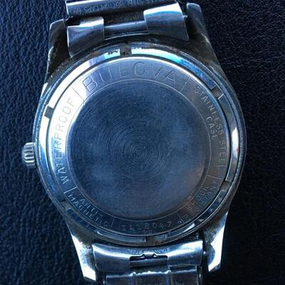 Vintage Bulova Automatic Men's Watch with Original Band. Working!