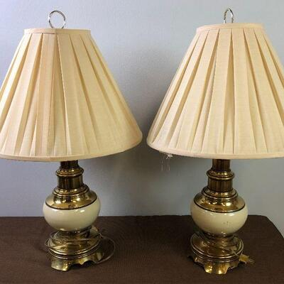 #5 2 OR A PAIR OF VINTAGE BRASS LAMPS