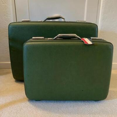 LOT 37 Pair Vintage American Tourister Suitcases