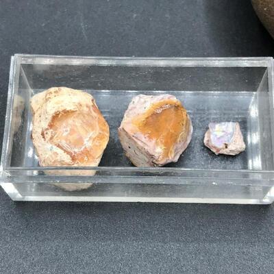 Lot of Geode Chunks & Rock