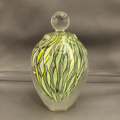 Green swirled Perfume w/stopper 5