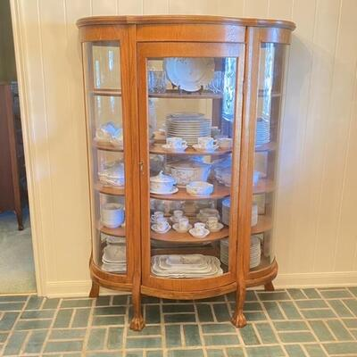 Claw Foot Curved Wood & Glass Curio Cabinet - Excellent Condition