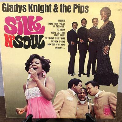 #9 Gladys Knight & the Pips Silk N' Soul  SS711