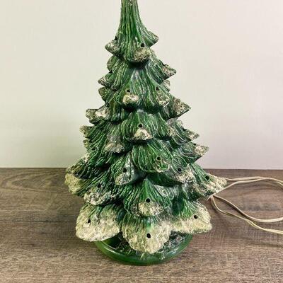 L92: Ceramic Vintage Christmas Tree