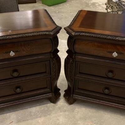 Pair of Night Stands, NICE !!!