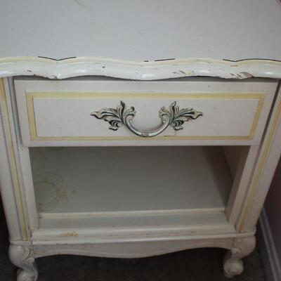 Lea One drawer Nightstand