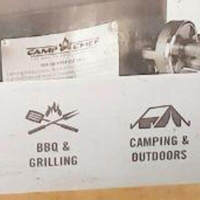 CAMP CHEF DELUXE BBQ GRILL BOX - NEW