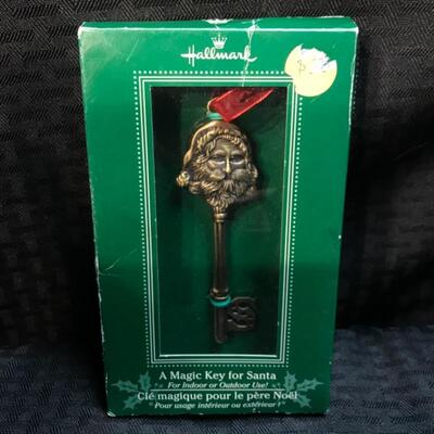 Hallmark Santa Claus Key Holiday Ornament