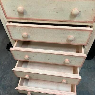LOT#10: 7 Drawer Painted Lingerie Chest