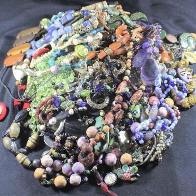 LOT#15: Costume Jewelry Lot #2