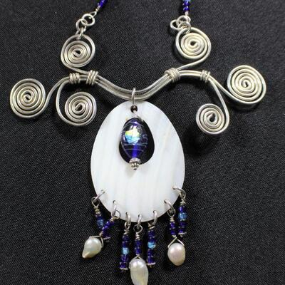 LOT#19: Ornate Unmarked Costume Necklace