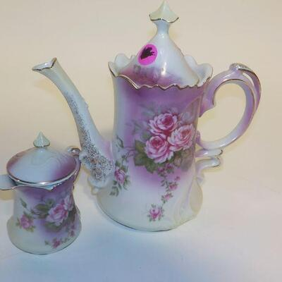 Lefton Tea pot and creamer.