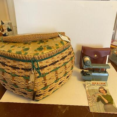 Sewing box and mini hand sewer