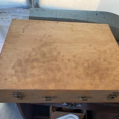 Artist box