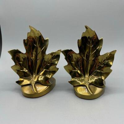 Vintage Brass Maple Leaf Bookends by Philadelphia Manufacturing Co YD#011-1120-00199