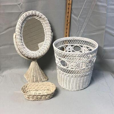 White Wicker Mirror, Basket, Trash Can LOCAL PICKUP ONLY