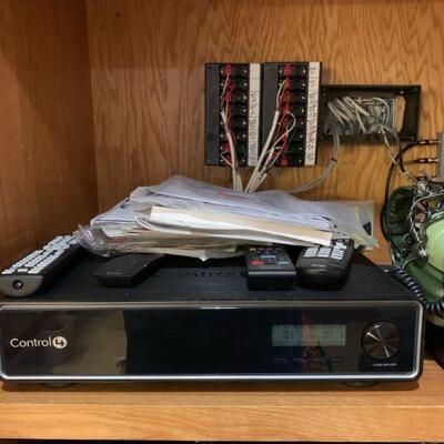 Control 4 Home Controller MC-300