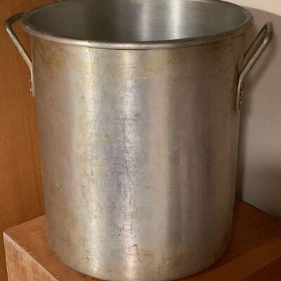 20 QT. stock pot