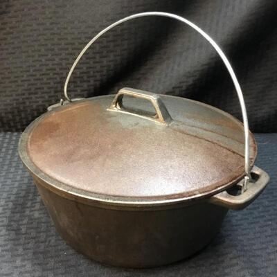 "10"" Cast Iron Dutch Oven #1"