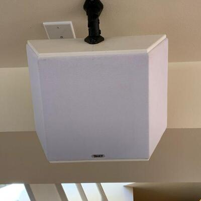 Tannoy surround sound system w/ wall mounts