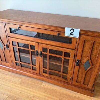 LOT#2LR: Entertainment Cabinet