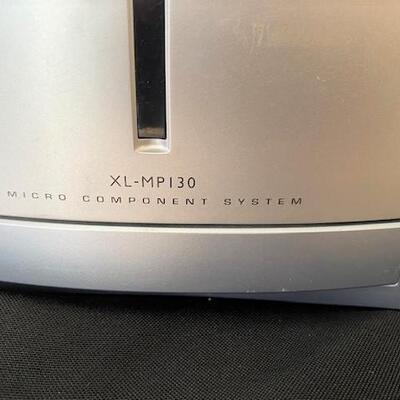 LOT#14LR: Sharpe Micro Component System