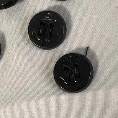 Lot 8 - 14 Plastic Navy Buttons