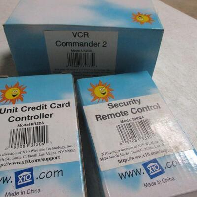 Lot 15 - X10 VCR Commander 2 - Security Remote Control - 4 Unit Credit Card Controller