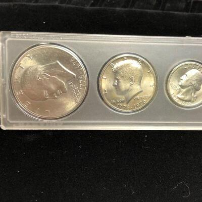 Lot 20 - 1976 Coin Set