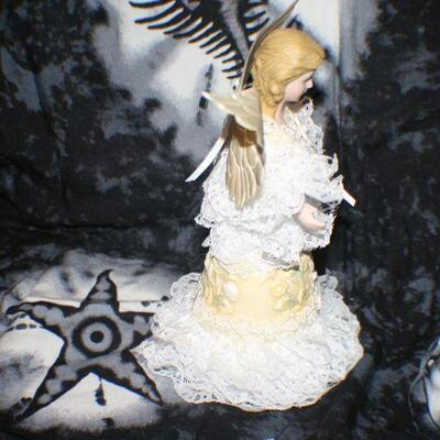 Porcelain Yellow with White Lace Angel Bell