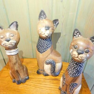Set of Decorative Wood Carved Cats with Wire Accents for Whiskers 12