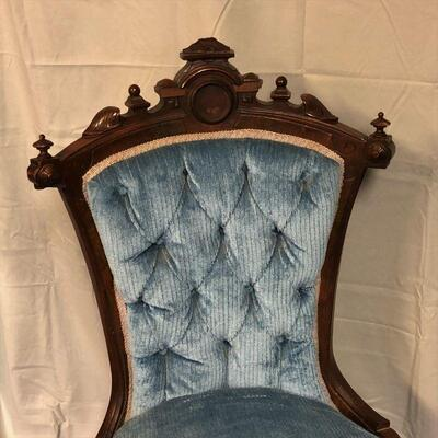 Lot 7 - Antique Victorian Parlor Chair LOCAL PICK UP ONLY