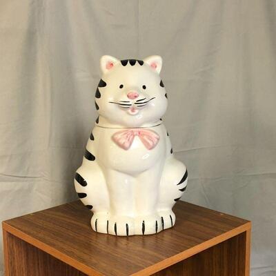 Lot 65 - Cat Cookie Jar