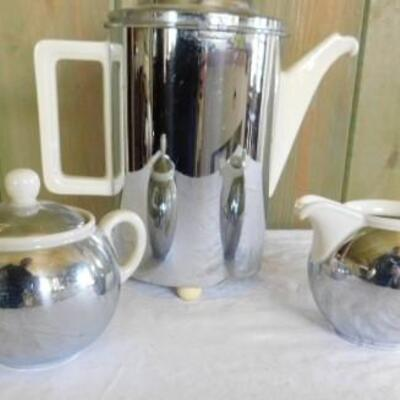 Rare Mid Century Bauscher Weiden DRP Ceramic and Metal Teapot with Creamer and Suger
