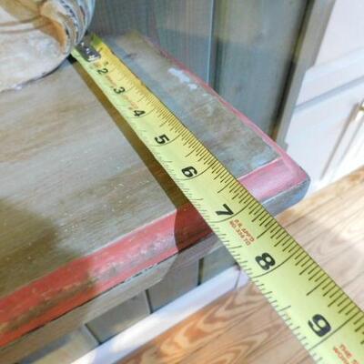 Decorative Solid Wood Wall Shelf 33