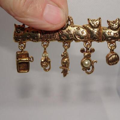 Vintage Gold Tone Cat Pin, 5 Cats, Mice, Parrot, Tuna Can - Cute!