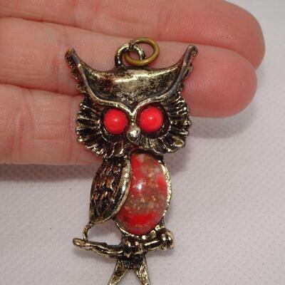 Orange Eyed Owl, Hooter Pendant, Gold Tone