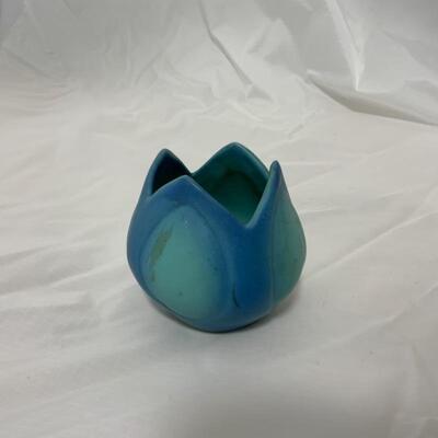 .7. VAN BRIGGLE | Tulip Vase | Signed