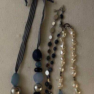 Costume Jewelry Lot 9