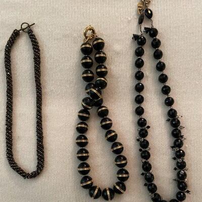 Costume Jewelry Lot 14