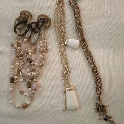Costume Jewelry Lot 16