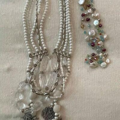 Costume Jewelry Lot 17