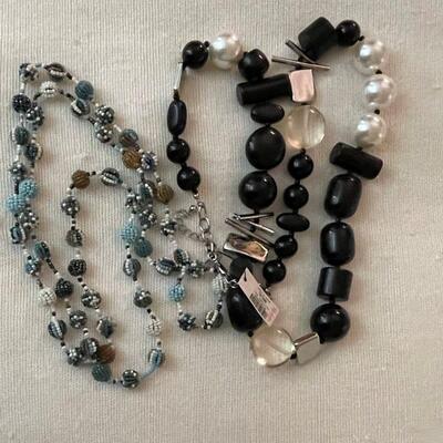 Costume Jewelry Lot 21
