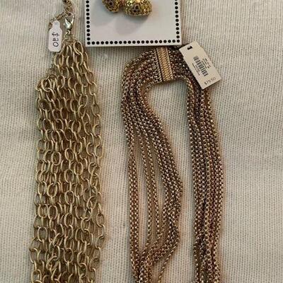 Costume Jewelry Lot 25