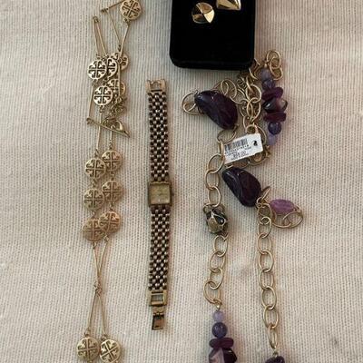 Costume Jewelry Lot 28