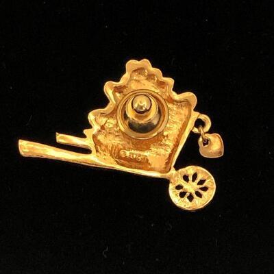 Lot 16 - Avon Wheelbarrow of Hearts Pin