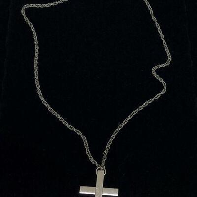 Lot 25 - Silver Tone Cross Pendant on Silver Tone Chain