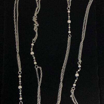 Lot 31 - Silver Tone Necklace