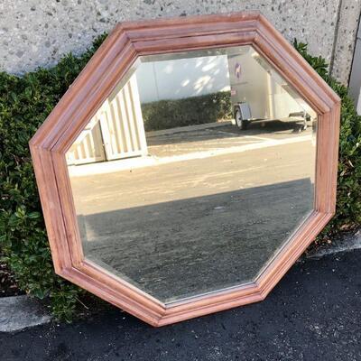 Large Geometric Mirror, 36